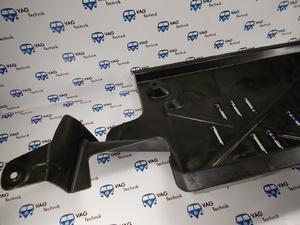 Защита - пыльник днища правая VW T5