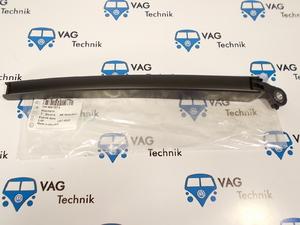 Поводок заднего стеклоочистителя VW T5