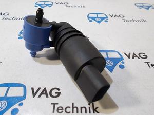 Мотор стеклоомывателя VW T5