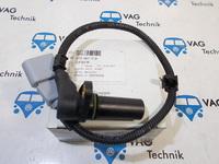 Датчик импульсов коленвала VW T5 2.5TDI